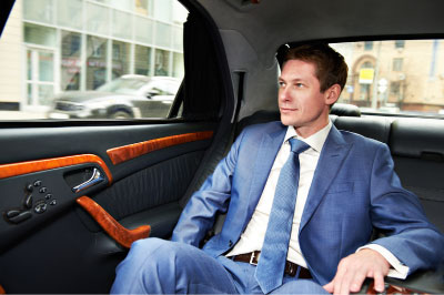 Best Reasons To Hire An Airport Limo Service
